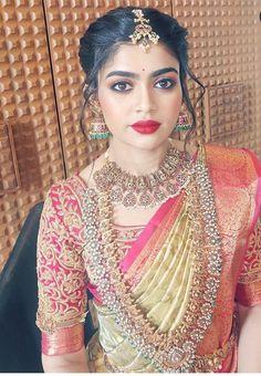 Bridesmaid Jewelry, Bridal Jewelry, Indian Bridal Fashion, Saree Look, Beautiful Blouses, Bridal Style, Bride Groom, Blouse Designs, Bridal Hair
