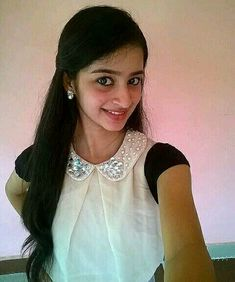 Cute 😍 smile and laugh ❤️ Indian Teen, Indian Girls, Girls Gallery, Smiles And Laughs, Beautiful Indian Actress, India Beauty, Indian Actresses, Selfies, Desi