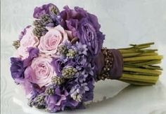 Ideas Wedding Flowers Lavender Centerpieces Bridal Bouquets For 2019 Modern Wedding Flowers, Purple Wedding Flowers, Trendy Wedding, Wedding Lavender, Blue Wedding, Purple Bridesmaid Bouquets, Bridesmaid Color, Bridal Bouquets, Wedding Bridesmaids