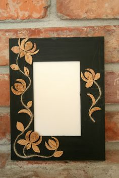DIY Frame (Cork Details) from Crescent & Old Lace . Mirror Crafts, Mirror Art, Frame Crafts, Diy Frame, Diy Cork, Easy Crafts, Arts And Crafts, Framed Chalkboard, Cork Stoppers