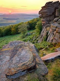 Stanage Edge, Peak District National Park, England.