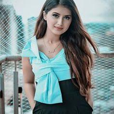 Sayyed Arishfa Khan🦁 (@arishfakhan138) • Instagram photos and videos Stylish Girls Photos, Stylish Girl Pic, Girl Photos, Cute Girl Poses, Cute Girl Pic, Beautiful Bollywood Actress, Most Beautiful Indian Actress, Girl Trends, Social Media Stars