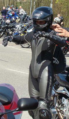 Motorcycle Suit, Motorbike Girl, Moto Bike, Lady Biker, Biker Girl, Women Riding Motorcycles, Leather Catsuit, Biker Leather, Biker Chick