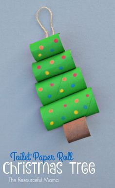 Toilet Paper Roll Christmas Tree Craft - DIY Ideen für Weihnachten - Upcycle your toilet paper rolls into this fun and easy Christmas craft or ornament for kids to make - Creative Christmas Trees, Christmas Crafts For Kids, Christmas Projects, Christmas Fun, Holiday Crafts, Christmas Ornaments, Recycled Christmas Tree, Christmas Decorations, Beaded Ornaments