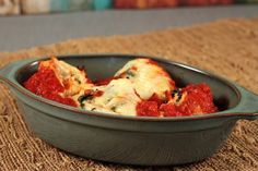 Chicken and Spinach Stuffed Shells - Moms Who Think