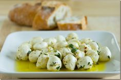 Mozzarella is one of the most versatile cheese's. We've gathered mozzarella cheese recipes so you can try it out in a way you may not have tried before. Quick Appetizers, Finger Food Appetizers, Appetizer Recipes, Snack Recipes, Cooking Recipes, Healthy Recipes, Recipes With Mozzarella Cheese, Cheese Recipes, Tapas