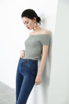 """Size + Fit: - Choker included, crop fit, pleated - US Size: S-2 / M-4 / L-6 - EUR Size: S-34 / M-36 / L-38 - Length: 16.5"""" / 42cm - Bust: 15.7"""" / 40cm - Waist: 13.8"""" / 35cm - Model is wearing size sma"""
