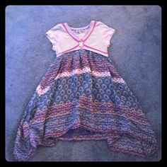 Multicolor Short Dress Multicolor dress. In great condition and barely worn  It is kids size 12 but would fit an XXS NOT ABERCROMBIE!!! Abercrombie & Fitch Dresses