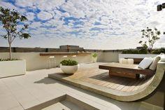 Perfekt Terrassen » Moderne Dachterrasse Bietet Mehrere Unterhaltungsmöglichkeiten  An #bietet #dachterrasse #mehrere #moderne #u2026 | Gartengestaltung Und Pflege  ...