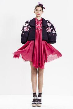 שווארצוולד אודליה שמעוני SchwarzWald Odelia... | Shenkar Fashion Graduates 2013