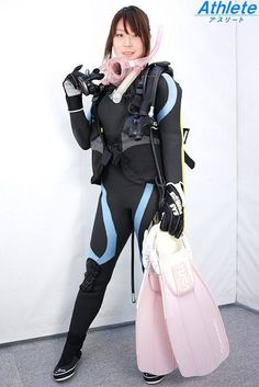Scuba Girl, Womens Wetsuit, Scuba Diving, Golf Bags, How To Look Better, Punk, Sexy, Collection, Underwater