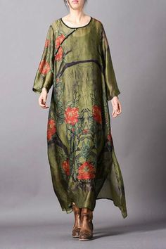Buy Rose Prints Loose Silk Dress Vintage Loose Qipao Dress with Camisole in Maxi Dresses online shop, Morimiss offers Maxi Dresses to make you feel comfortable Silk Dress, Silk Skirt, High Fashion Outfits, Fashion Dresses, Vintage Dresses, Dress Indian Style, Maxi Styles, Summer Outfits Women, Flower Beds