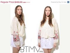sale... 70s PAISLEY BLOUSE floral white cream drawstring waist boho hippie peasant folk shirt top L Xl