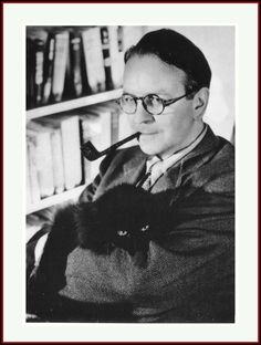 """Raymond Chandler and his cat. Chandler was an American novelist and screenwriter. In at age Raymond Chandler decided to become a detective fiction writer after losing his job. """"The streets were dark with something more than night. I Love Cats, Cool Cats, Celebrities With Cats, Men With Cats, The Big Sleep, Albert Schweitzer, Raymond Chandler, Portraits, Pets"""