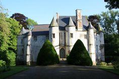 Le Château de Créminil, à Estrée Blanche (Pas de Calais, Pays de la Lys Romane).