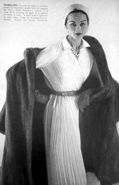 1952 | Vogue Paris | vintage fashion photography