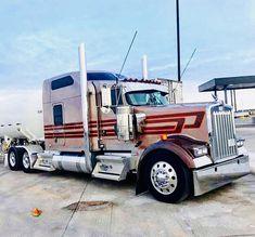 Show Trucks, Big Rig Trucks, Custom Big Rigs, Custom Trucks, Vintage Tractors, Vintage Trucks, Kenworth Trucks, Peterbilt, Classic Tractor