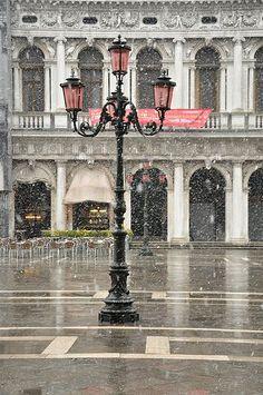Snowy Saint Mark's Square, Venice #Italy #Venezia #Italia