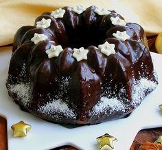 Schokoladen - Mandel Gugelhupf