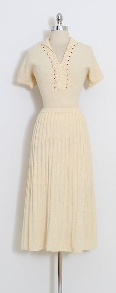 Vintage 1940s dress from Mill Street Vintage