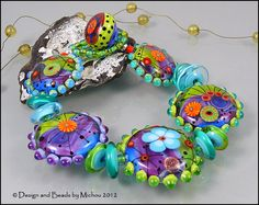 """MICHOU - Lampwork Beads - Knotted, handmade glass bead bracelet - """"You've Got the Love"""" - greate colors for polimer clay Baubles And Beads, Beads And Wire, Beaded Jewelry, Beaded Bracelets, Jewellery, Handmade Beads, Artisanal, How To Make Beads, Lampwork Beads"""