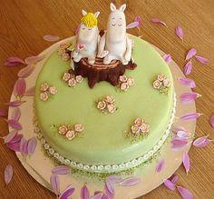 A Moomin cake Great British Bake Off, Cake & Co, Cake Art, Tea Cakes, Cupcake Cakes, Beautiful Cakes, Amazing Cakes, 21st Cake, Character Cakes