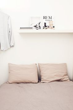 beautiful nude sheets - minmal bedroom  | Fantastic Frank