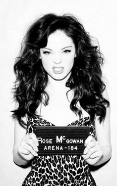 """I'd do it againnnn!!!""  Rose McGowan"