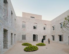 Gallery of Jacoby Studios Headquarters / David Chipperfield Architects - 3 Hyogo, David Chipperfield Architects, Internal Courtyard, Stone Masonry, Exposed Brick Walls, Entrance Foyer, Studios, The Cloisters, Courtyards