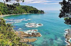 Whakatane's hidden bay... (New Zealand, Bay of Plenty)