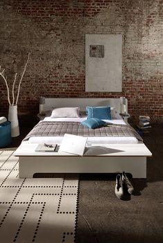 PLANE Bed  www.mueller-emform-usa.com