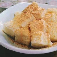 もちもち&低カロリーな豆腐わらびもち。これ、とっても簡単に作れるのにすっごく美味しくておすすめなんです♪そのレシピをご紹介しちゃいます♡ Baby Food Recipes, Dessert Recipes, Cooking Recipes, Asian Desserts, Healthy Sweets, Food Menu, No Cook Meals, Food To Make, Delicious Desserts
