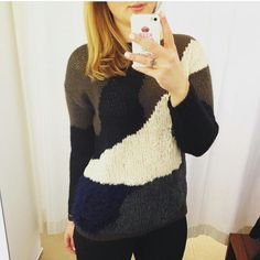 #stefanel #stefanelvigevano #look #moda #trendy #shopping #negozio #shop #vigevano #lomellina #piazzaducale #stile #style #abbigliamento #outfit #lookoftheday #models #blondie #saldi #sconti #saldes #lana #wool #sweater  #selfie  #maglia