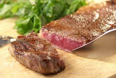 The Best and Worst Cuts of Beef Home Recipes, Asian Recipes, Cooking Tips, Cooking Recipes, Meat Steak, Bbq Ribs, How To Cook Steak, Daily Meals, Brisket