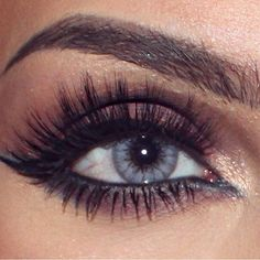 Gorgeous  @efpemakeup @shophudabeauty lashes in Raquel