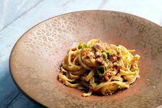 Pasta mit Pesto von getrockneten Tomaten und Gemüse mit Speck (auch vegetarisch Möglich)