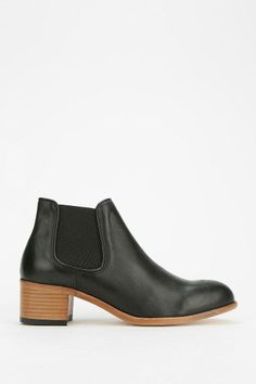 H By Hudson Bronte Chelsea Boot #urbanoutfitters