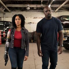 Misty Knight and Luke Cage Superhero Tv Shows, My Superhero, Netflix Movies, Movie Tv, Costumes For Black Women, Luke Cage Season 2, Simone Missick, Misty Knight, Heroes For Hire