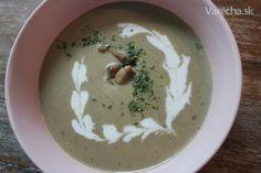 Šampiňónová krémová polievka (fotorecept) - Recept Hummus, Ale, Pudding, Ethnic Recipes, Desserts, Food, Tailgate Desserts, Deserts, Ale Beer