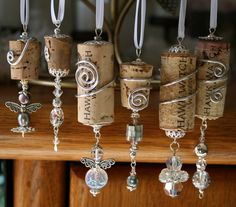 40 Gorgeous Images To Reuse Wine Bottle Into DIY Projects - EcstasyCoffee