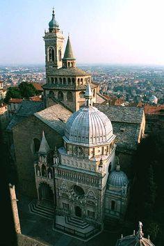 Bergamo, the most beautiful city in Italy.  In molti ristoranti di Bergamo realizziamo le nostre cene con delitto!