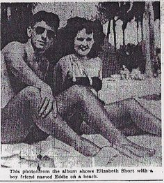Elizabeth Short, The Black Dahlia, with a friend in Florida. John Wayne Gacy, Jeffrey Dahmer, Black Dahlia, Ted Bundy, Al Capone, Bonnie Clyde, Morgue Photos, Irena Sendler, Billy The Kid