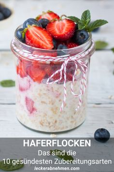 Learn how to make Overnight Oats! A quick, easy and nutritious recipe for breakfast on-the-go. Discover our 4 healthy and delicious flavour ideas. Healthy Family Meals, Nutritious Meals, Family Recipes, Breakfast Snacks, Breakfast Recipes, Healthy Snaks, Eat Yourself Skinny, Eat Smart, Kuchen