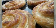 Pita sa fetom i dimljenim butkicama — Coolinarika Filo Pastry, Pastry Recipes, Burgers, Hamburger, Bread, Food, Filo, Hamburgers, Pastries Recipes