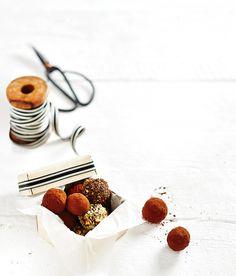 Decadent Chocolate Ganache Truffles   Christmas   MiNDFOOD