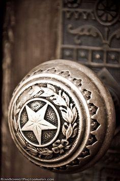 Texas Door Knob : possibly the capitol