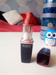 Złamana szminka moze zepsuc dzień. Nowy post o tym jak uratowac kosmetyk juz na blogu :-)