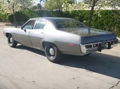 Los Angeles - 1974 Plymouth Satellite Detective Car