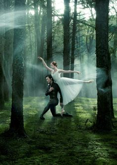 Qi Huan and Gillian Murphy in RNZB Giselle                                                                                                                                                                                 More