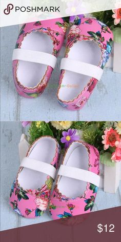 """Infant baby shoes 0-6 months 4.5""""x2"""" NEW in bag Adorable baby slippers. New in bag. Next day shipping Shoes Baby & Walker"""